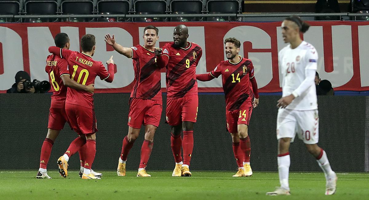 Romelu Lukaku marcó por partida doble ante Dinamarca. Foto: EFE