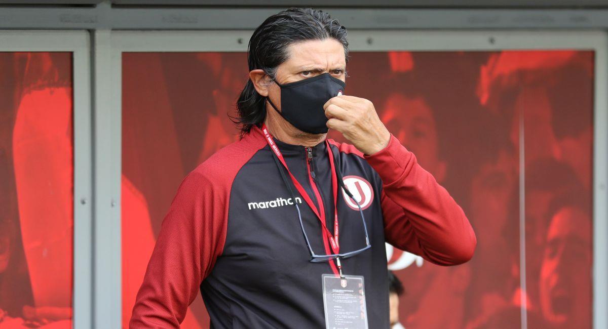 Ángel Comizzo no quedó conforme con el empate ante Sporting Cristal. Foto: Prensa de la FPF