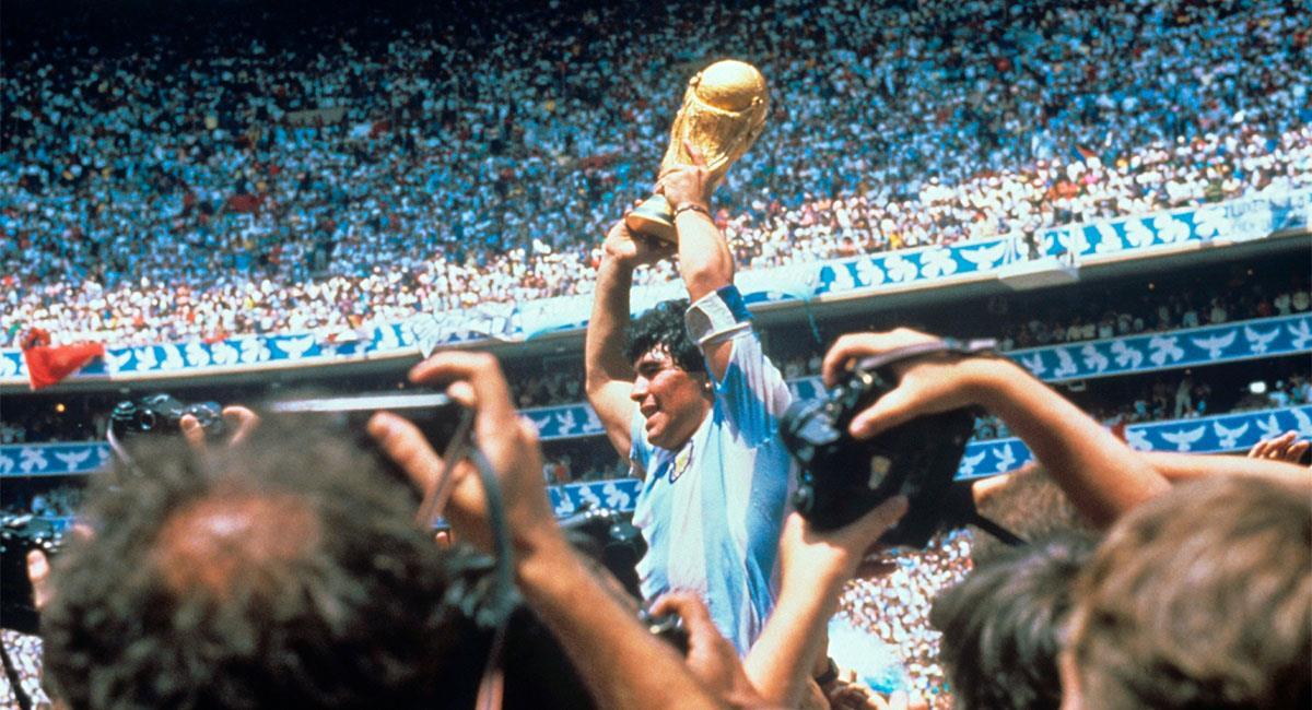 Descansa en paz, Diego Armando Maradona. Foto: EFE