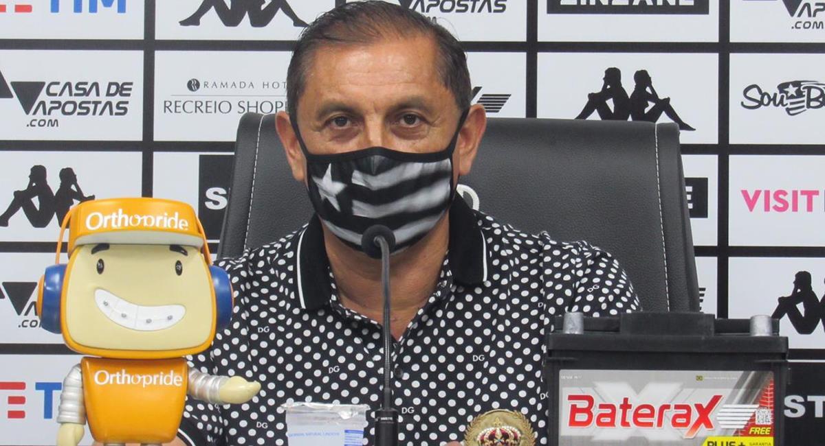Ramón Díaz no va más como DT de Botafogo de Lecaros. Foto: Twitter @Botafogo