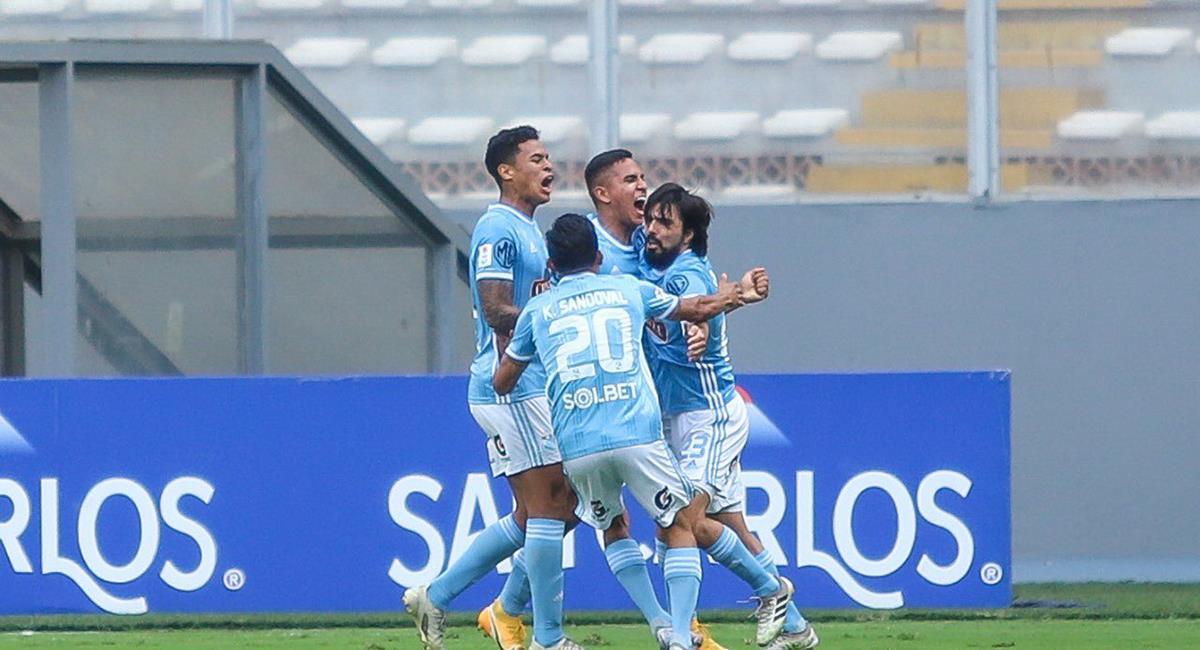 Gianfranco Chávez consigue el empate a los 69 minutos. Foto: Prensa FPF