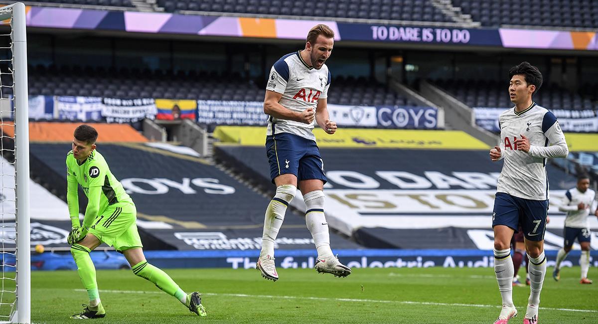 Harry Kane anotó el primero ante Leeds United. Foto: EFE