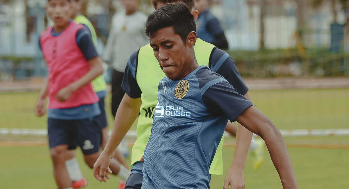 Brandon Palacios jugará por Carlos Stein en el 2021. Foto: Facebook Cusco FC