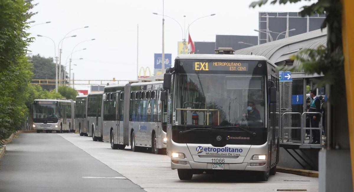 Nuevos horarios de transporte público. Foto: Andina