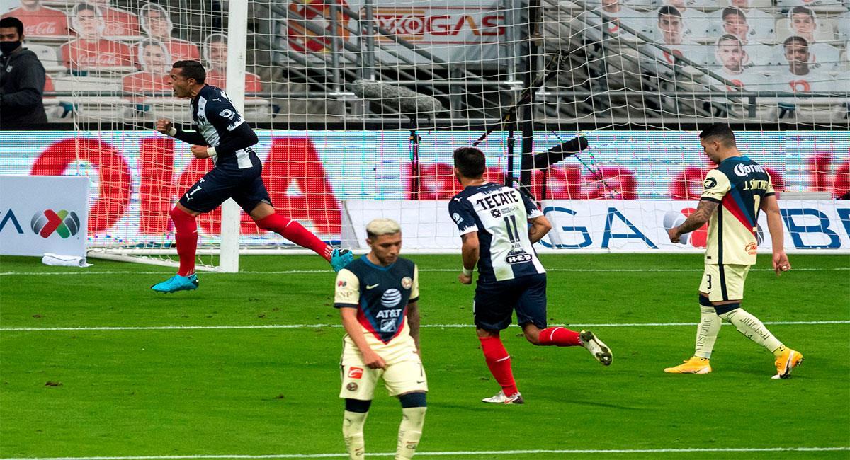 Rogelio Funes Mori (i) de Monterrey festeja el único gol del partido. Foto: EFE