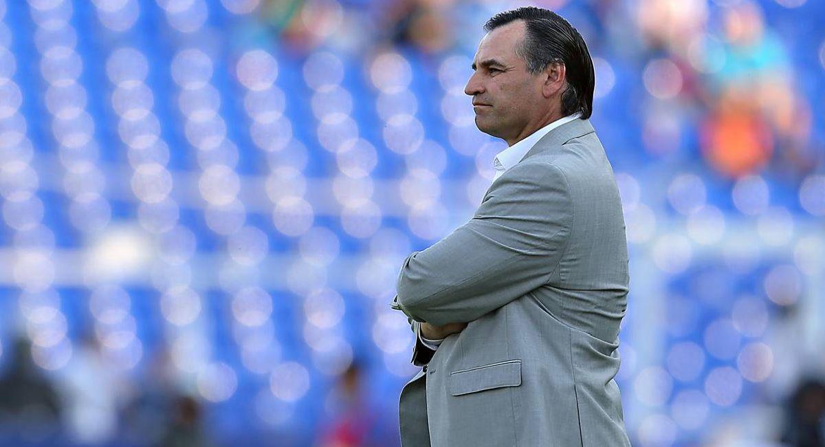 Carlos Bustos, entrenador de Alianza Lima. Foto: Twitter