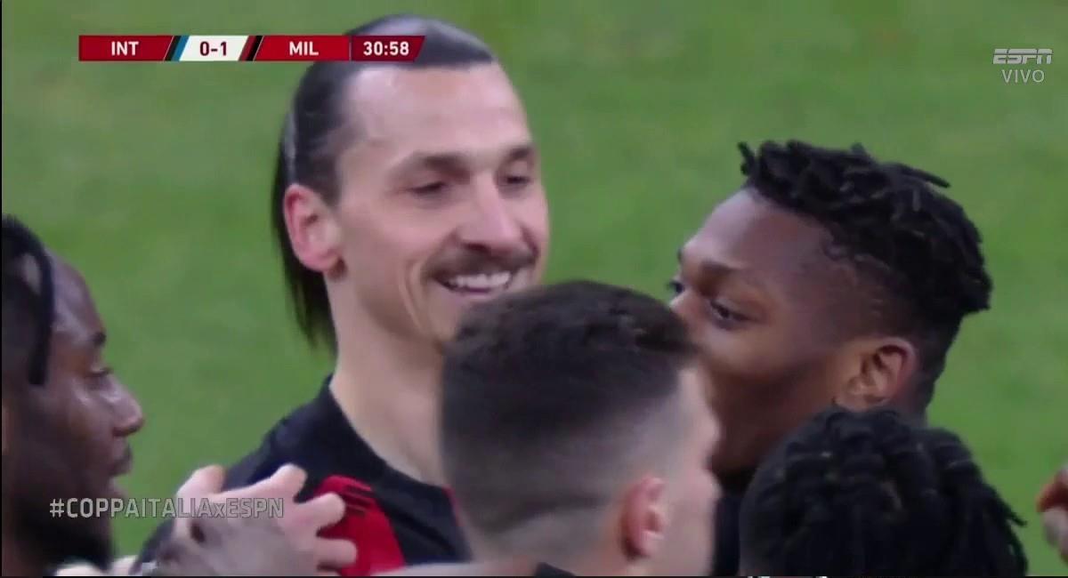 Ibrahimovic dio el golpe en el derby italiano. Foto: Twitter Captura ESPN MX