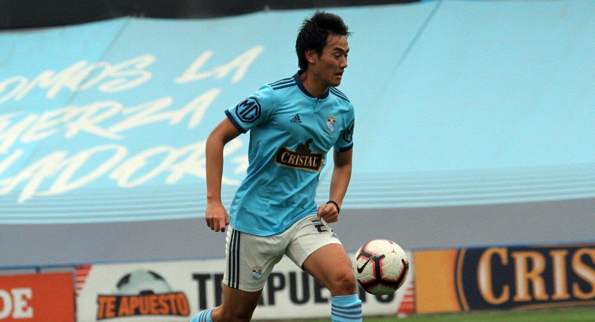 Tadashi Aoki tiene contrato con Cristal hasta 2022. Foto: Twitter Club Sporting Cristal