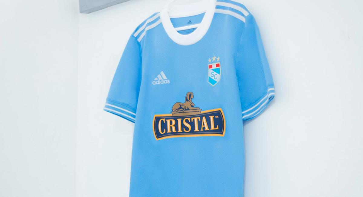 Nueva camiseta de Sporting Cristal 2021. Foto: Twitter @ClubSCristal