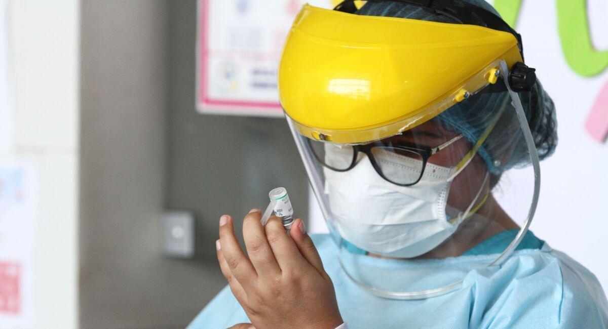 Uruguay es el último país en recibir la vacuna contra la COVID-19. Foto: Andina