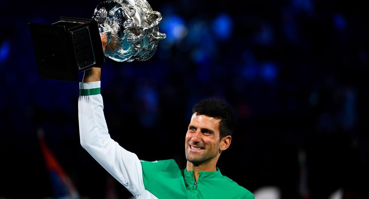 Novak Djokovic se alzó con su noveno Abierto de Australia. Foto: EFE