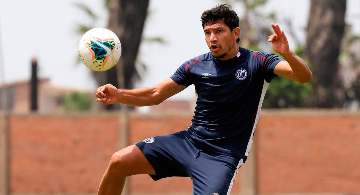Roberto Ovelar llegó esta temporada a Municipal. Foto: Twitter @CCDMunicipal