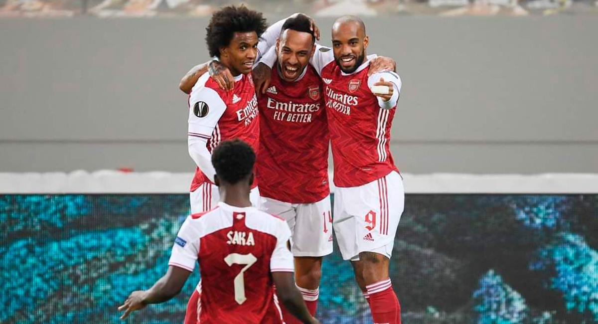 Pierre Emerick Aubameyang marcó 'doblete' con Arsenal. Foto: Twitter Arsenal
