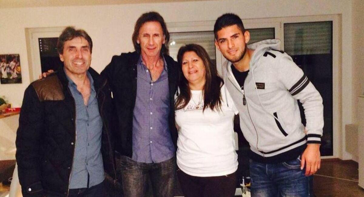 Gareca evaluó presente de Zambrano en Argentina. Foto: Twitter Selección Peruana