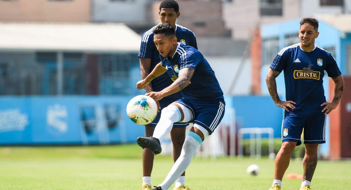 Sporting Cristal entrenando previo al inicio de la Liga 1. Foto: Facebook Club Sporting Cristal