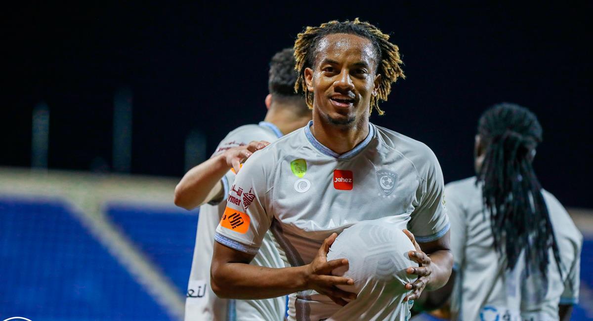 André Carrillo marcó un golazo de taco para Al Hilal. Foto: Twitter @Alhilal_EN