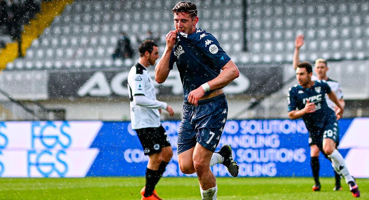 Adolfo Gaich anotó el 1-0 para Benevento. Foto: EFE