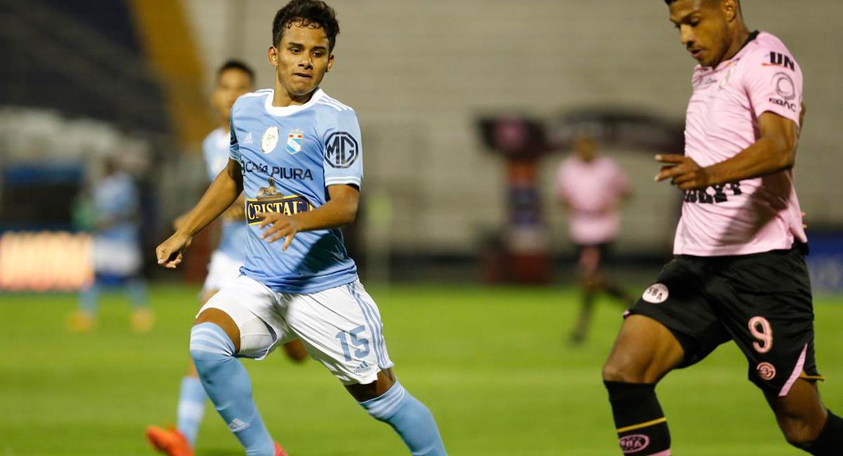 Jhilmar Lora jugó los 90 minutos este viernes ante Sport Boys. Foto: Prensa FPF