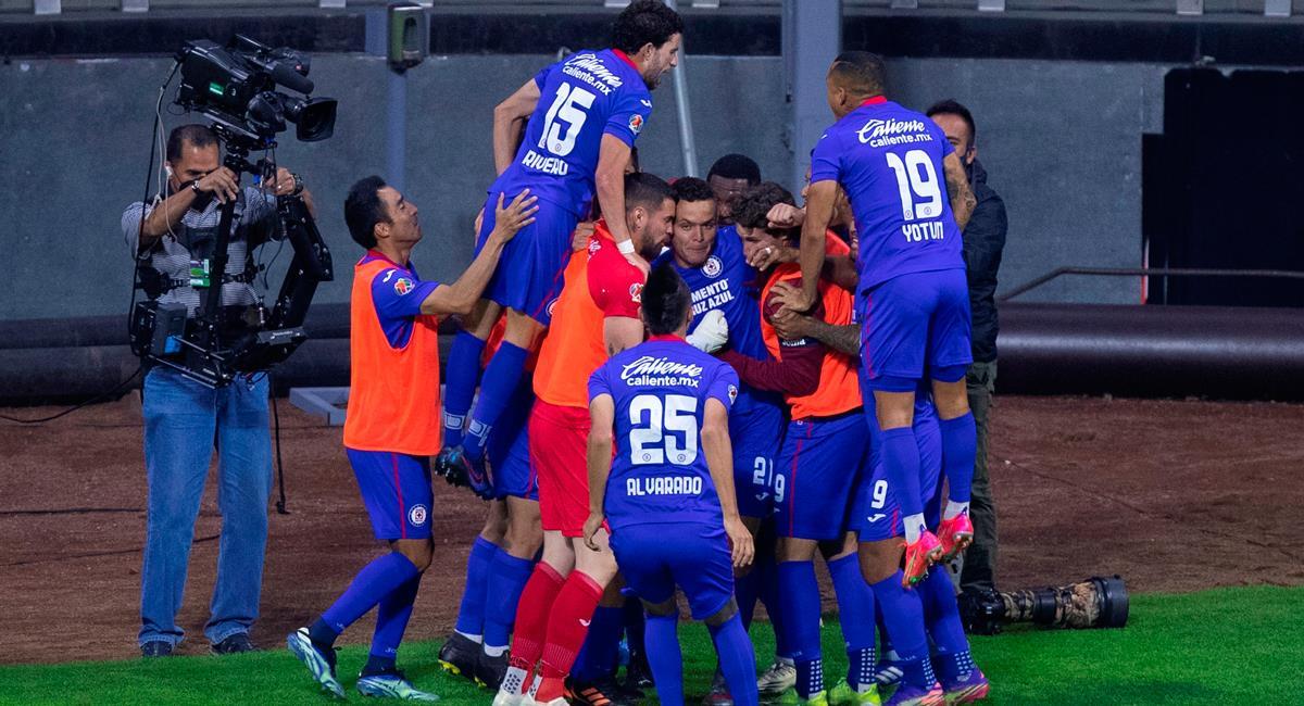 Cruz Azul celebró sobre el final gracias al gol de Jonathan Rodríguez. Foto: EFE