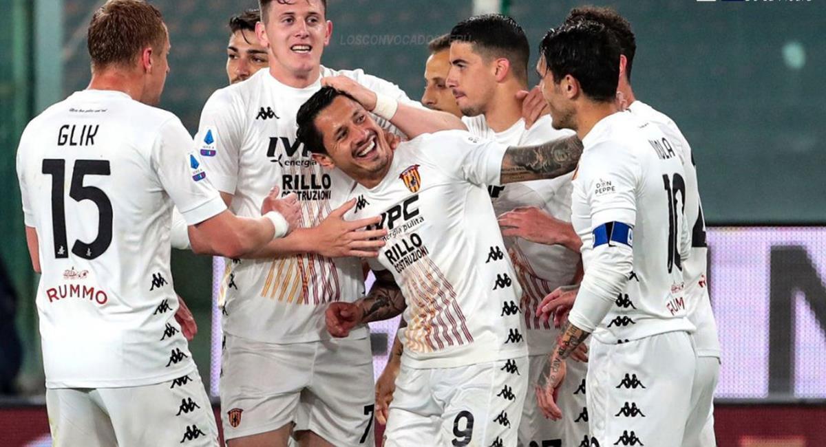 Gianluca Lapadula anotó gol con Benevento. Foto: Twitter @crdelapiedra