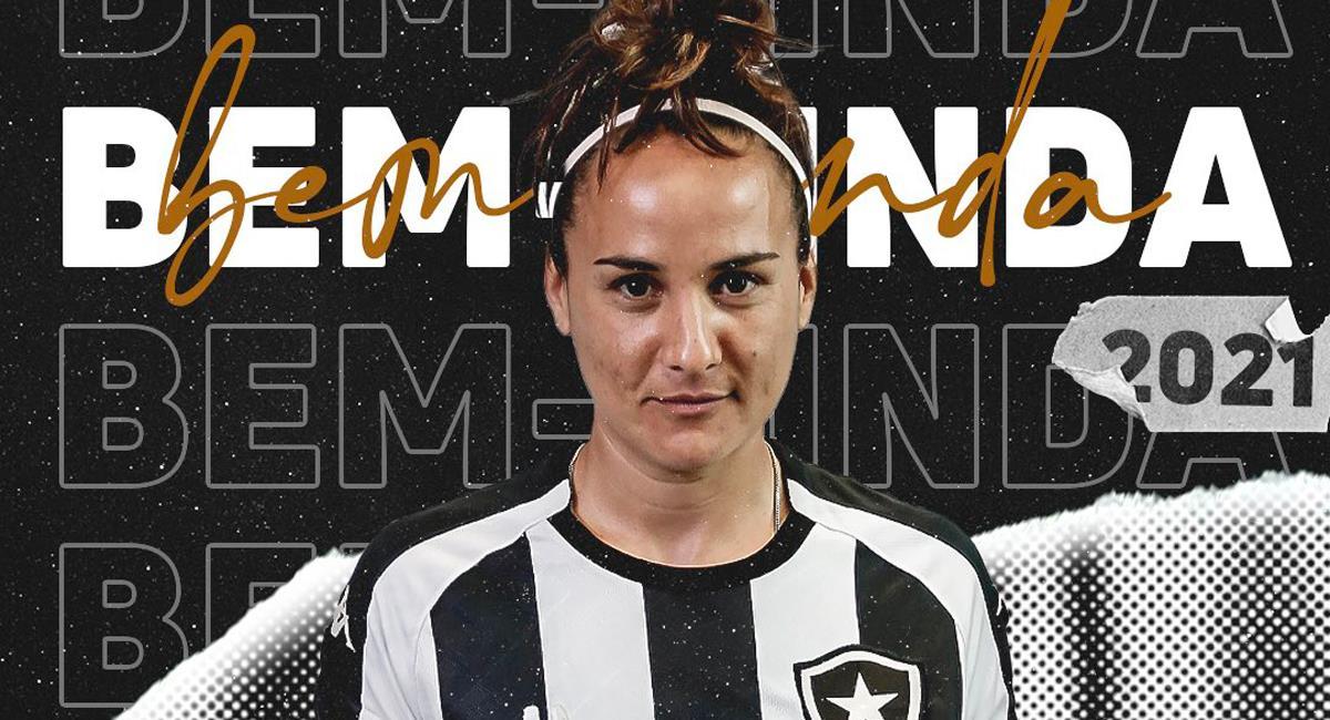 'Maca' López jugará en Botafogo este 2021. Foto: Twitter @BotafogoFem