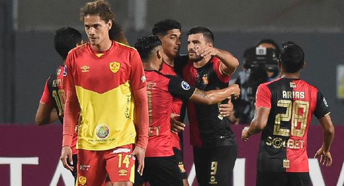 Bernardo Cuesta llegó a los 124 goles con Melgar. Foto: Twitter