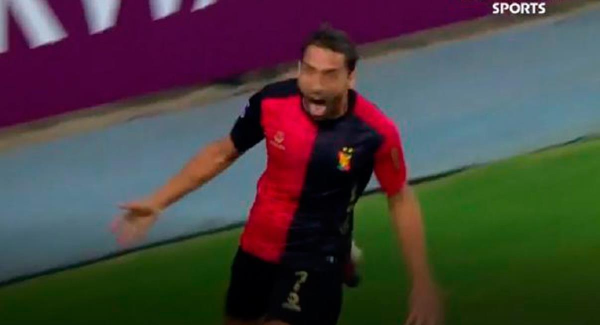 Cristian Bordacahar apareció de cabeza a los 50 minutos. Foto: Twitter