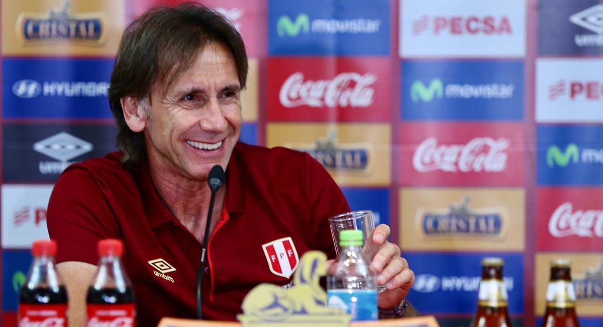 Gareca evalúa la lista de convocados para Eliminatorias. Foto: Prensa FPF