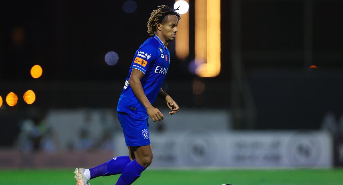 André Carrillo jugó 83 minutos en Al Hilal. Foto: Twitter @Alhilal_EN