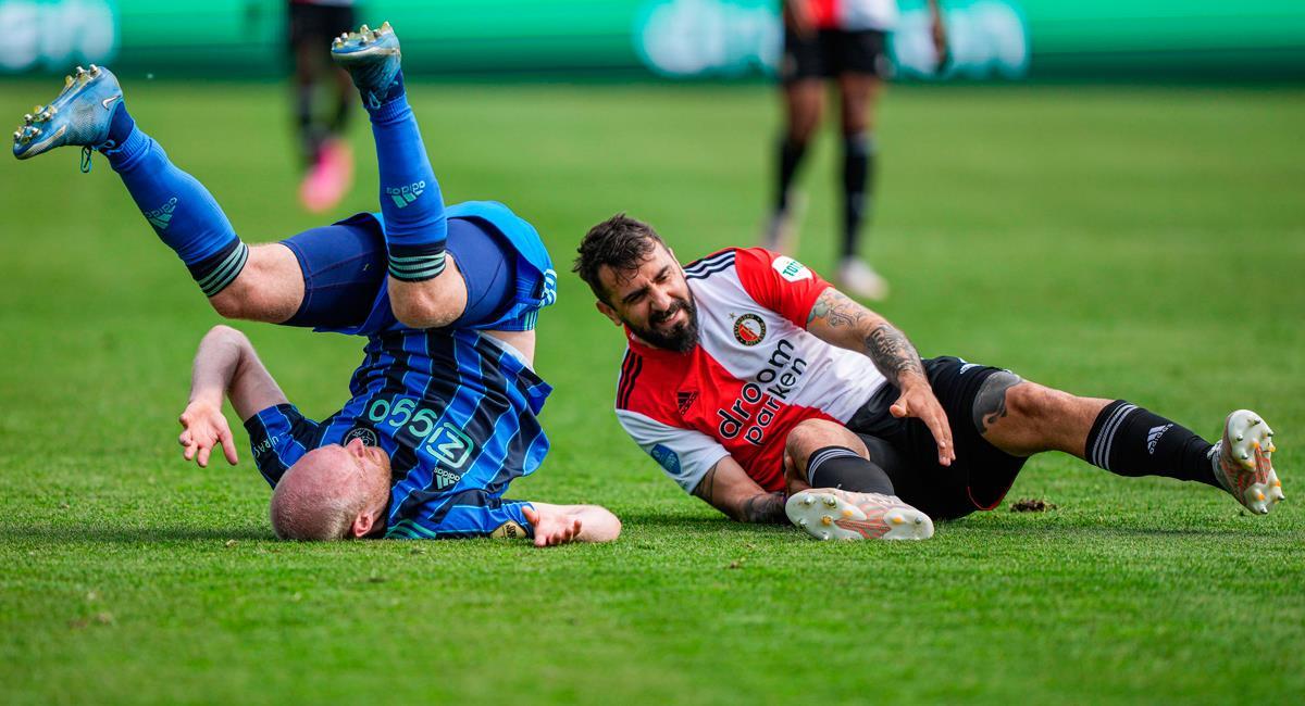Terrible fractura de Lucas Pratto en el duelo Feyenoord vs Ajax. Foto: EFE