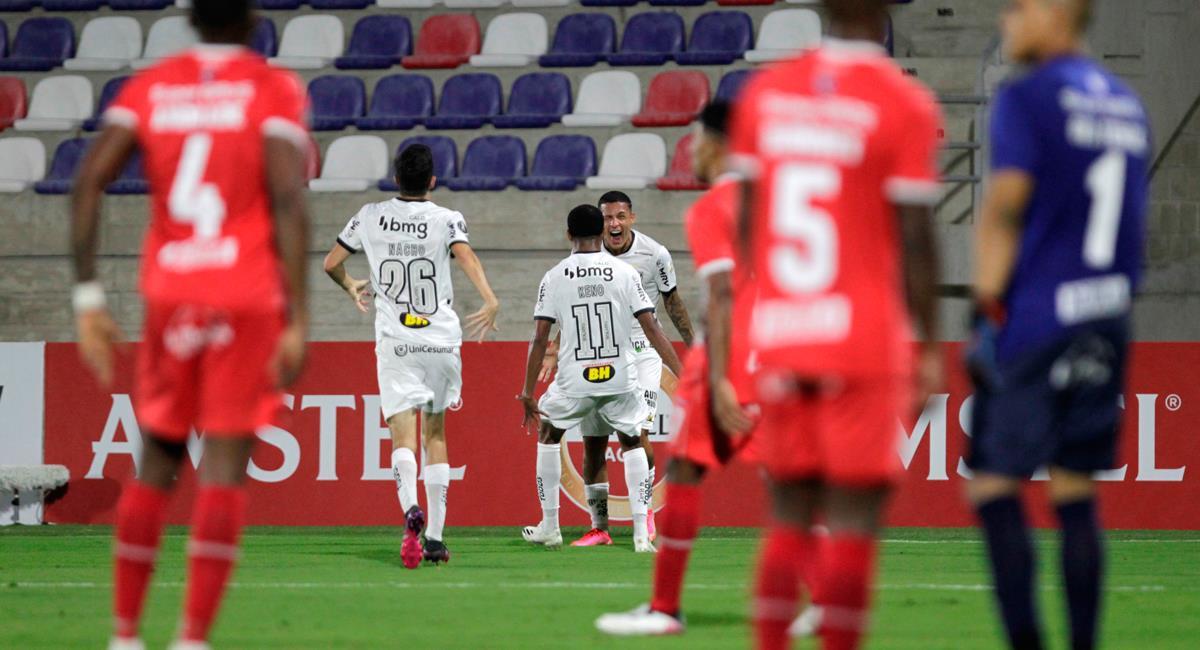 América de Cali no sabe de triunfos en la Copa Libertadores 2021. Foto: EFE