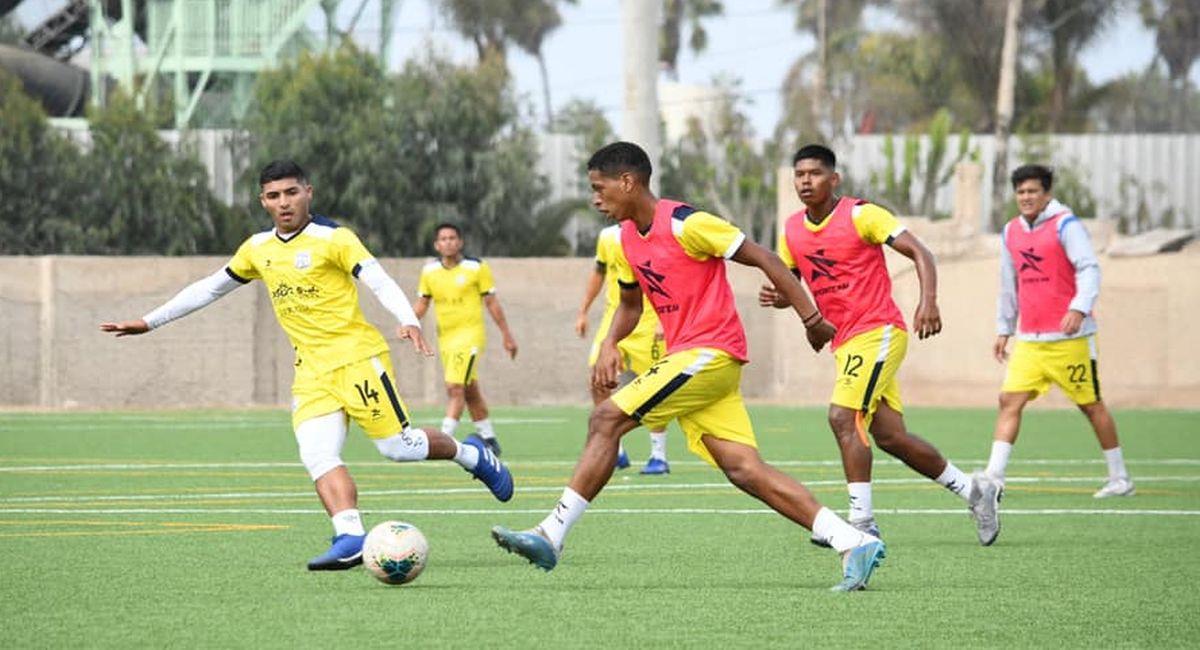 Santos de Nazca entrena para el inicio de la Liga 2. Foto: Facebook Club Santos de Nazca