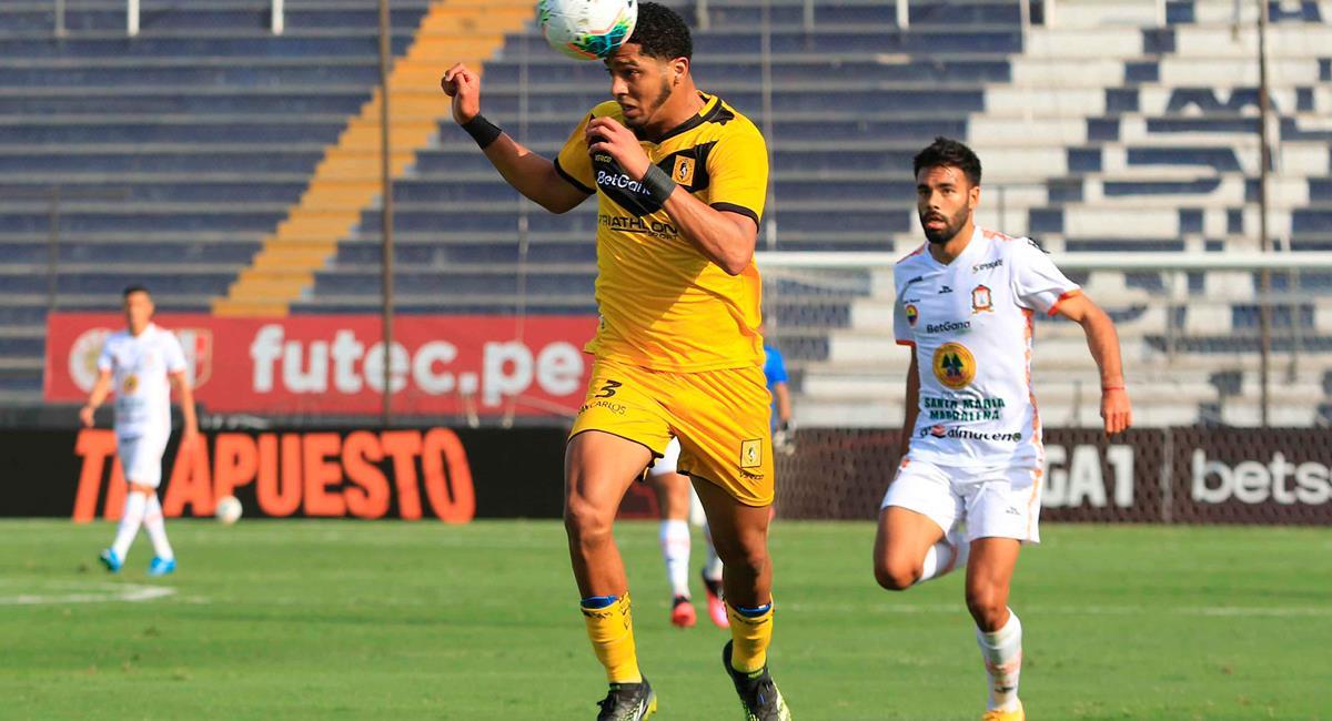 Cantolao y Ayacucho FC presentaron un reñido encuentro en Matute. Foto: Twitter @LigaFutProf