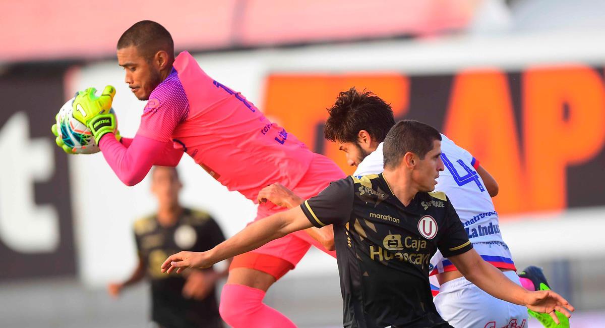 Universitario igualó sin goles con Carlos Mannucci. Foto: Twitter @LigaFutProf