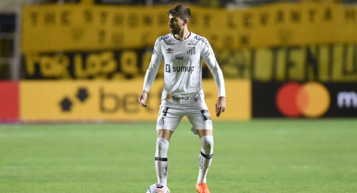 Santos quiere vencer al Barcelona en Guayaquil. Foto: Facebook Club Santos