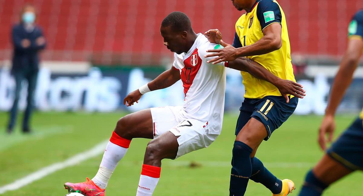 Luis Advíncula logró el 2-0 frente a Ecuador el último martes. Foto: Twitter @SeleccionPeru