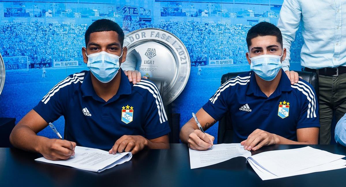 Sporting Cristal confirmó la renovación de Grimaldo y Soto. Foto: Twitter Club Sporting Cristal
