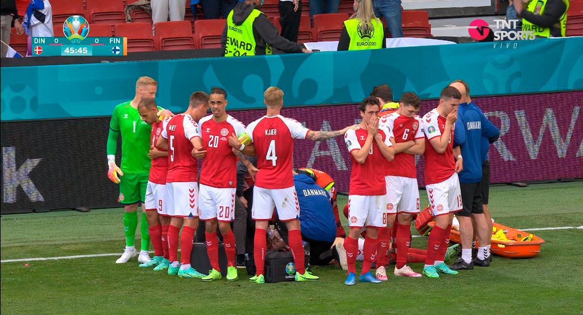 Ericksen se desplomó en el duelo Dinamarca vs Finlandia. Foto: Twitter Captura TNT Sports