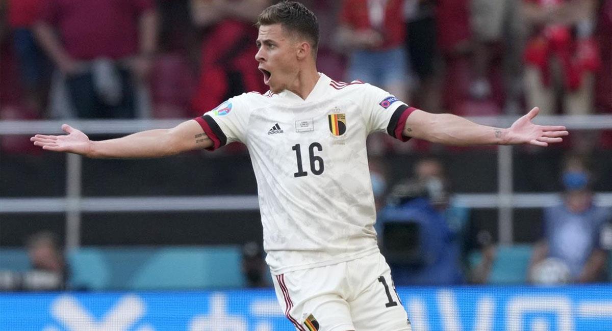 Thorgan Hazard empata el marcador para Bélgica en la Eurocopa 2021. Foto: EFE