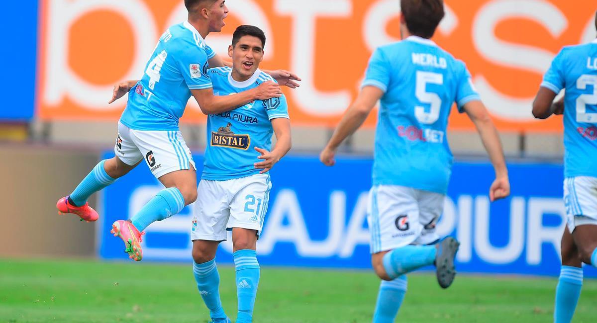Irven Ávila marcó el primero para Sporting Cristal. Foto: Twitter @LigaFutProf