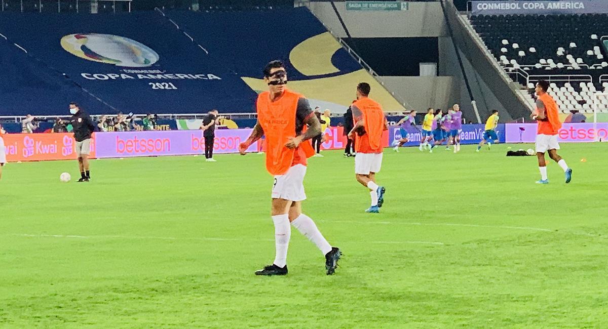 Perú vs Brasil: Gianluca Lapadula y la máscara protectora ...