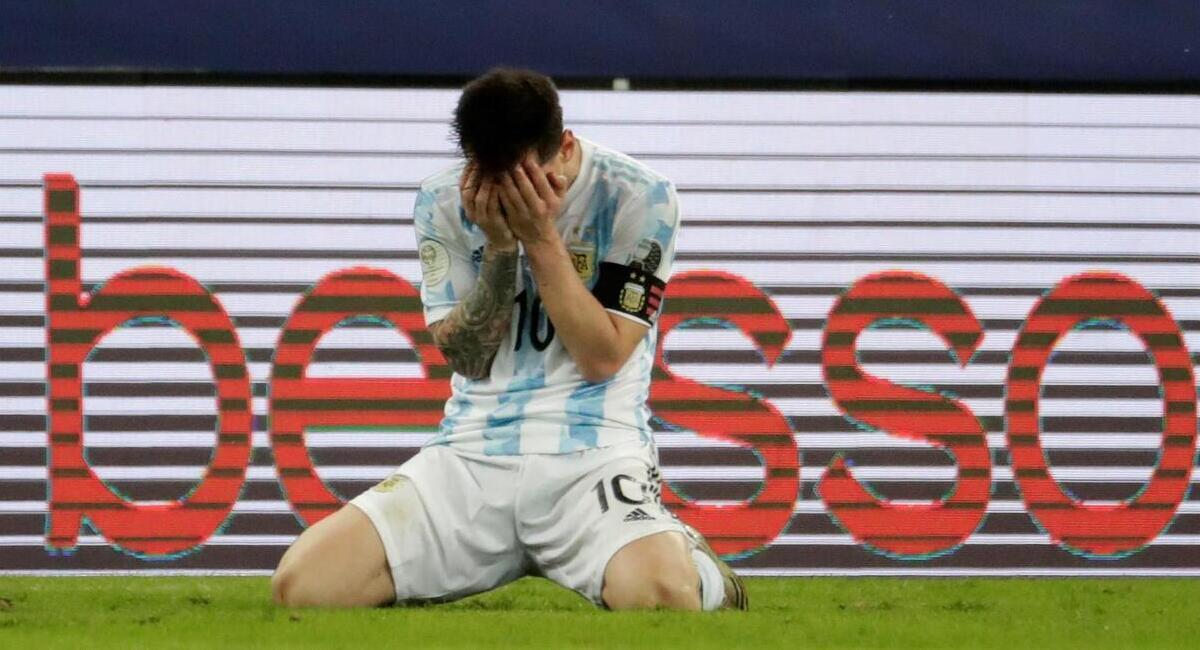 Messi rompió en llanto tras ganar la Copa América. Foto: EFE