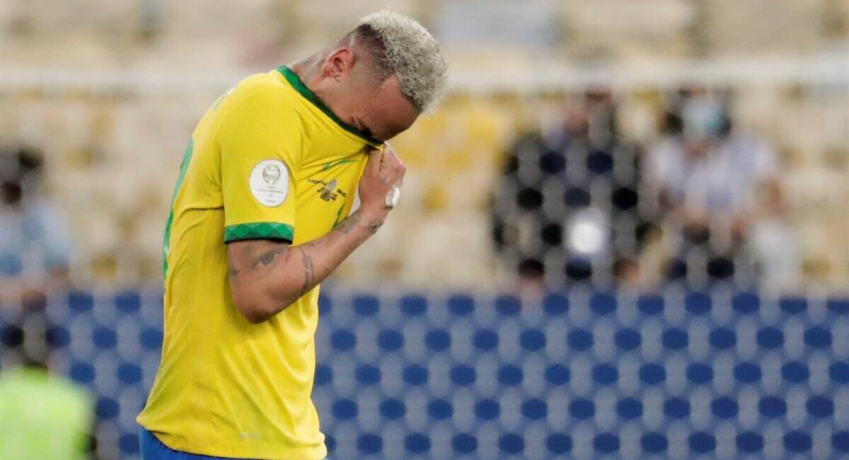 Neymar acabó entre lágrimas. Foto: EFE