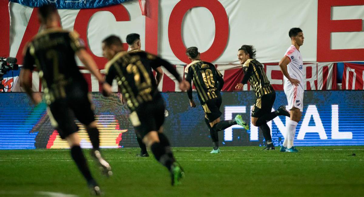 Peñarol se impuso en el Gran Parque Central ante Nacional. Foto: Twitter @OficialCAP
