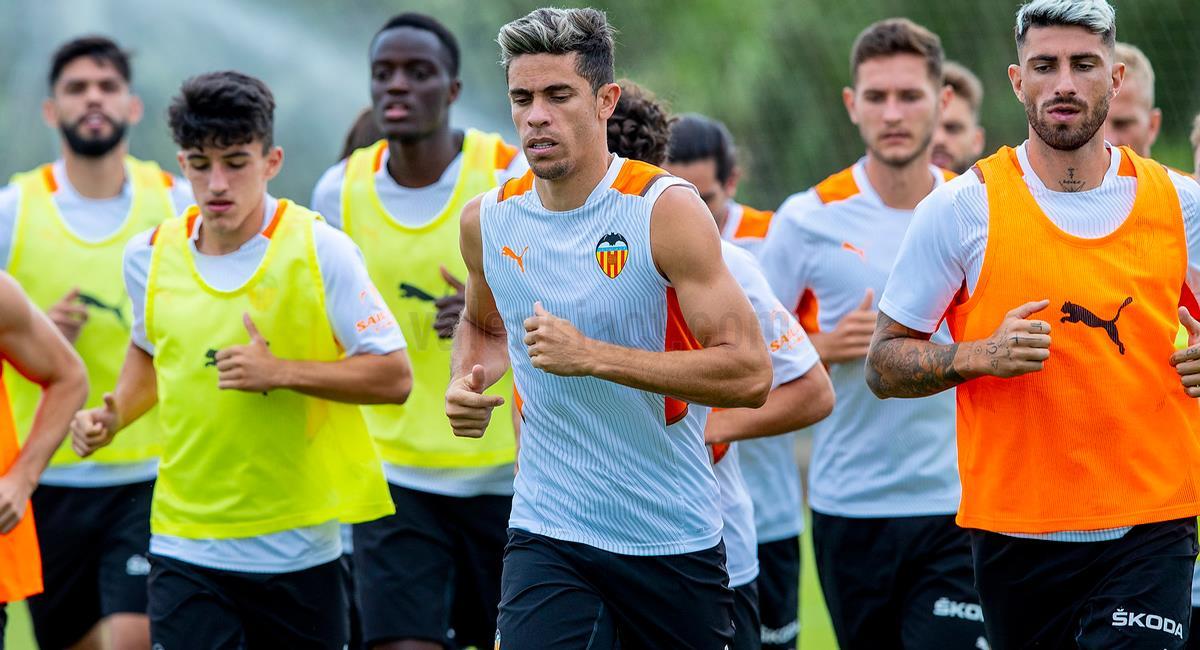 Valencia se medirá a Villarreal en amistoso. Foto: Twitter @valenciacf