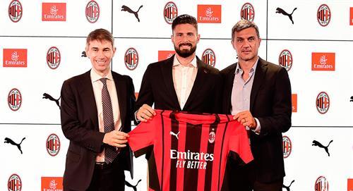 Giroud, nuevo delantero del AC Milan
