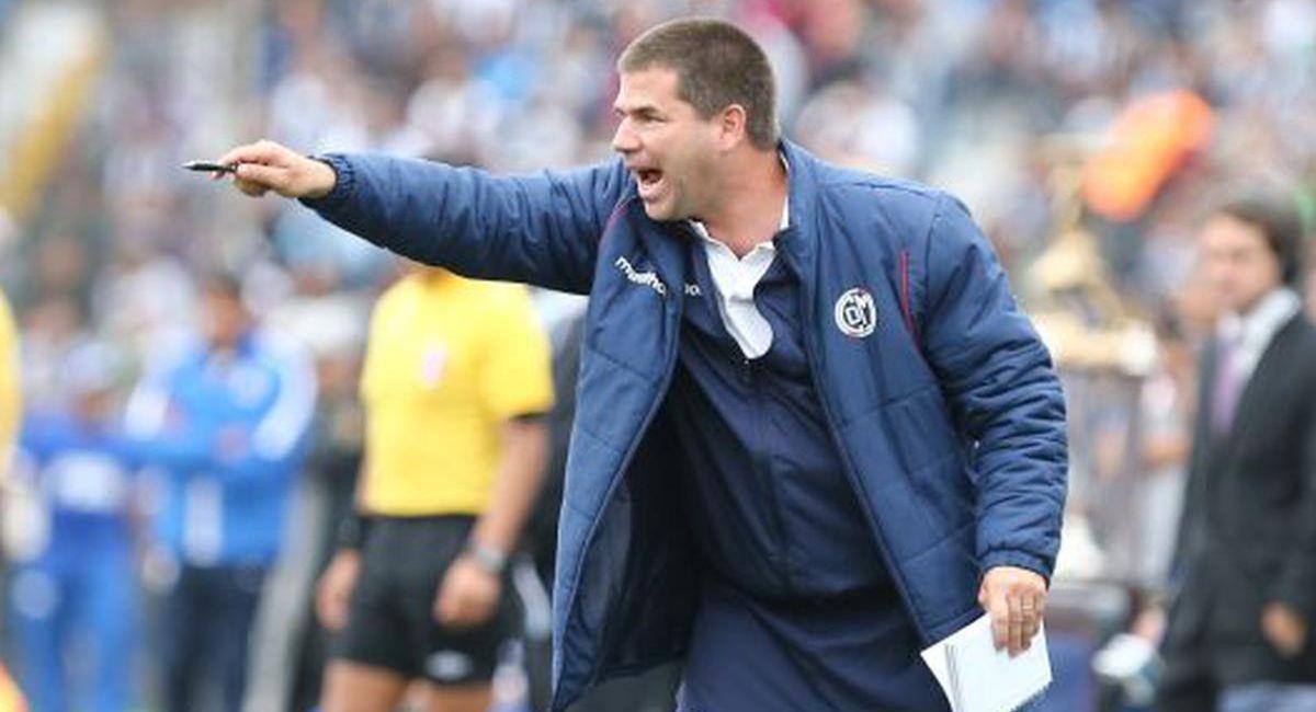 Francisco Melgar es el nuevo entrenador de Sport Chavelines. Foto: Twitter