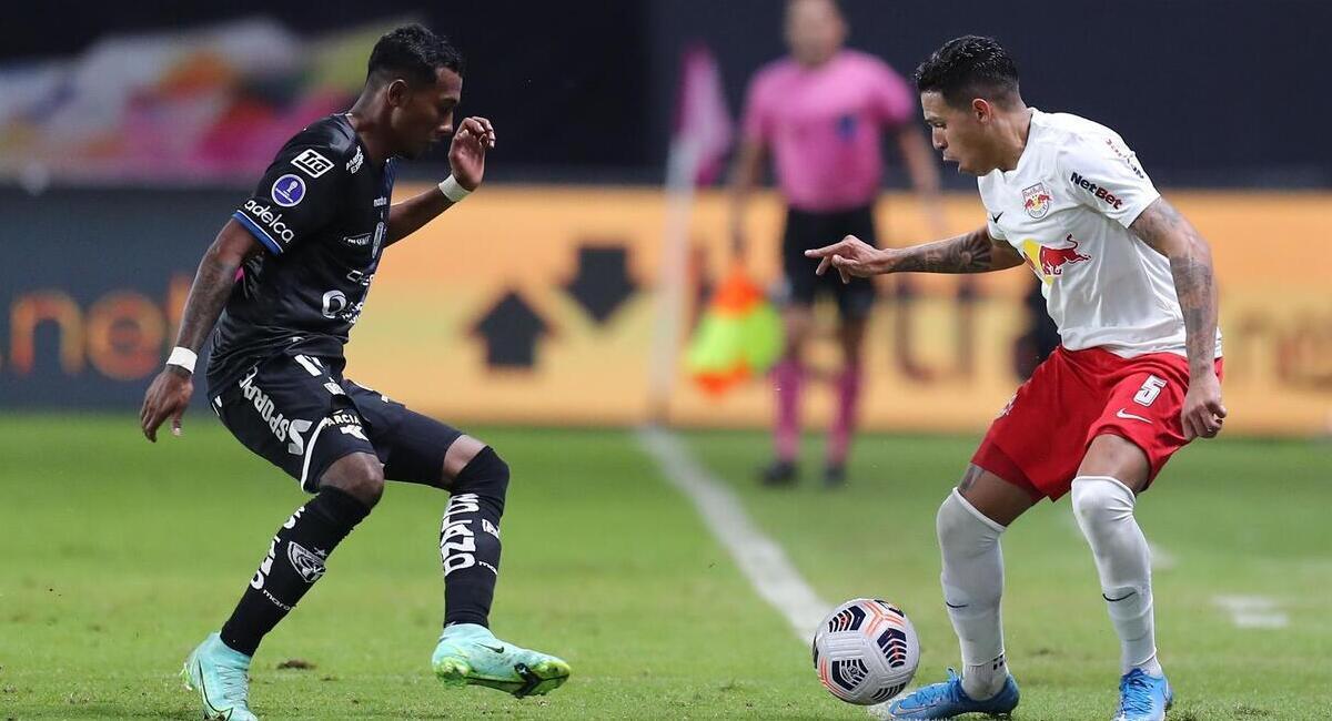 Bragantino recibe a Independiente del Valle. Foto: EFE