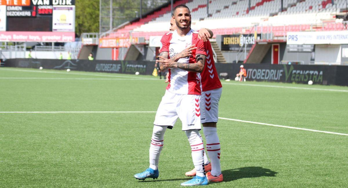 Sergio Peña sigue a la espera de encontrar un nuevo equipo. Foto: Twitter Club Emmen