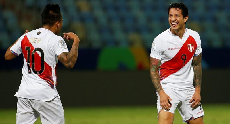 ¿Quiénes son los futbolistas peruanos más valiosos?